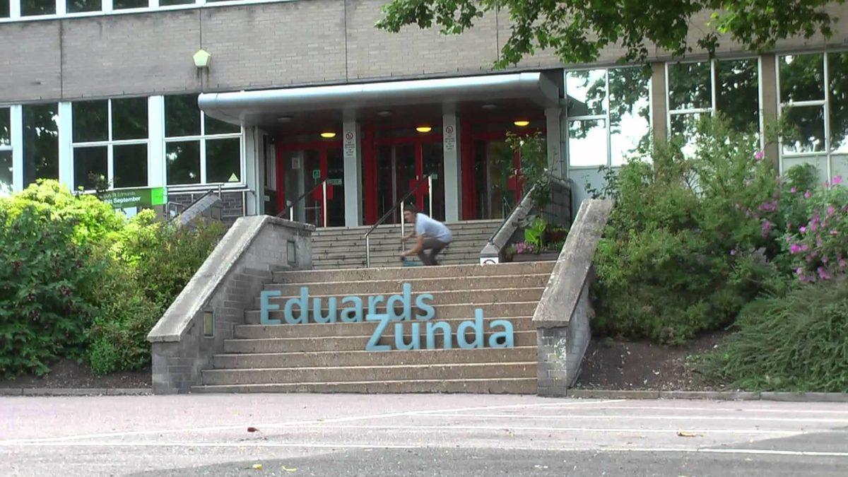 Eduards Zunda steps composite MAX
